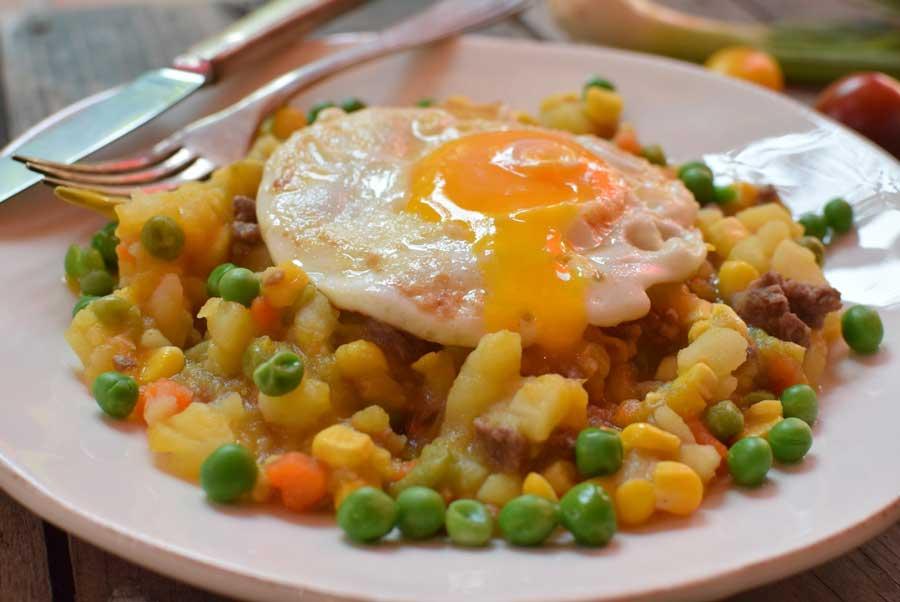 Charquican con Huevo Frito - Platos típicos de Pasco