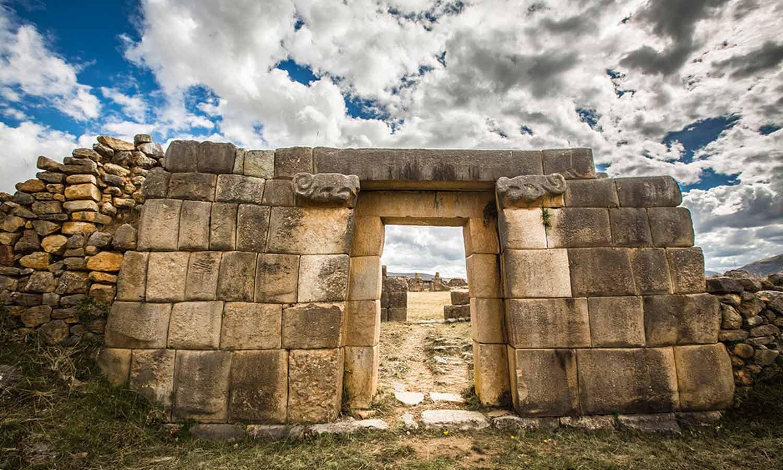 Resultado de imagen para Complejo arqueológico de Huánuco Pampa