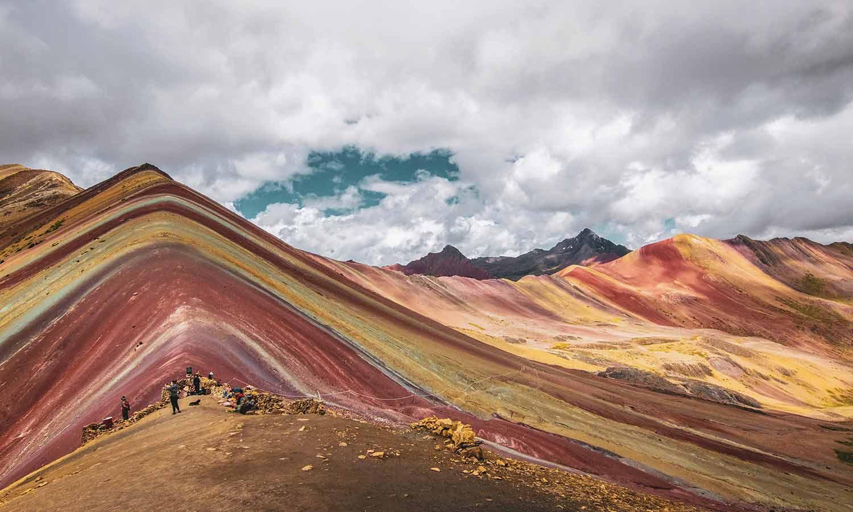 Montana De 7 Colores Cusco