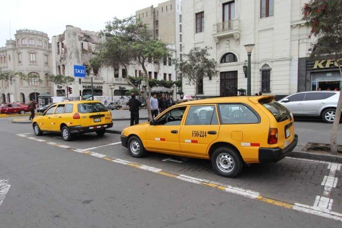 Cambio de placa de taxi a particular: Taxi amarillo